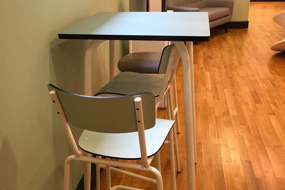 cabinet de conseils chaise table haute