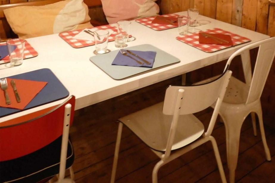 le bardo set de table chaise table