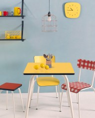 table 70×70 jaune