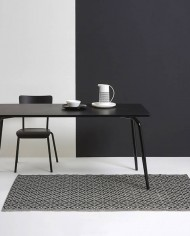 Black Vera Table with black legs – 160×80