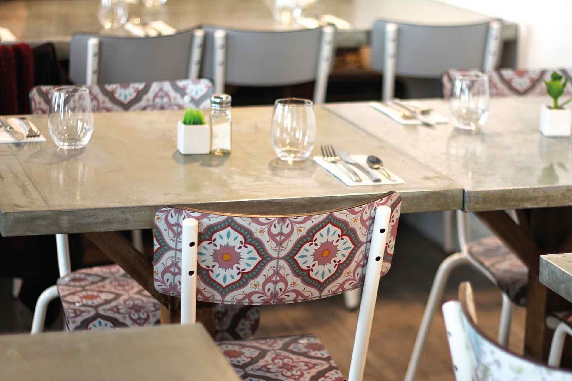 Privée-De-Dessert concept restaurant
