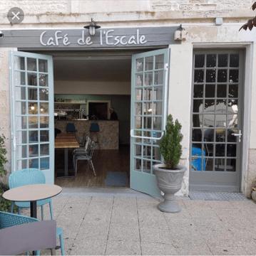 Resto-cafe-de-l-escale-gambettes-1